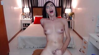 RosalindaSmith – Stunning Skinny Asian Shemale Stores Tons Of Cum In Her Bag